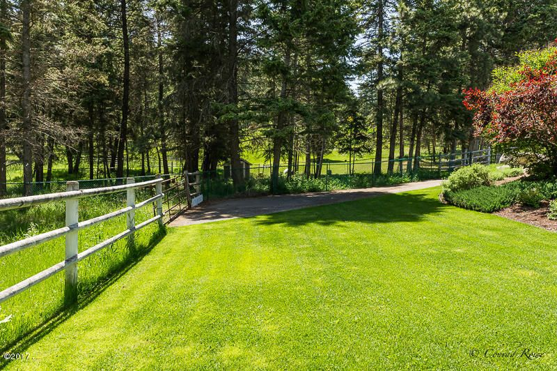 Additional photo for property listing at 470 Lake Hills Lane  Kalispell, Montana 59901 United States