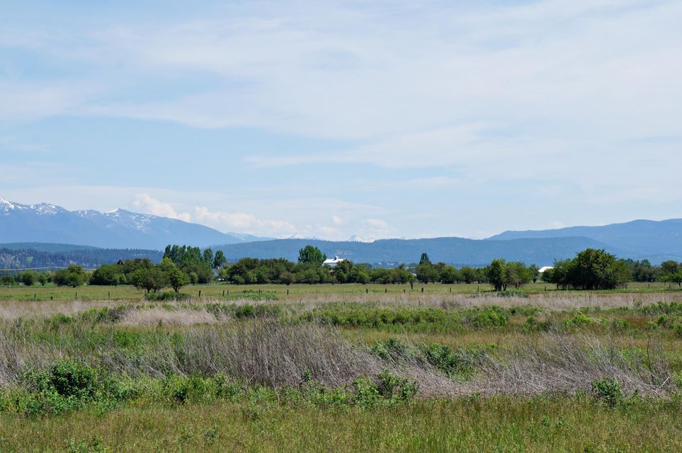 Additional photo for property listing at 125 Goose Lane  Kalispell, Montana 59901 United States