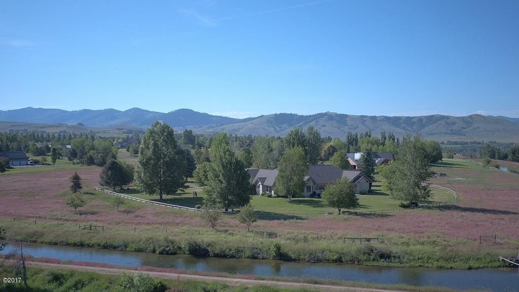 Single Family Home for Sale at 484 Arrow Point Lane 484 Arrow Point Lane Hamilton, Montana 59840 United States
