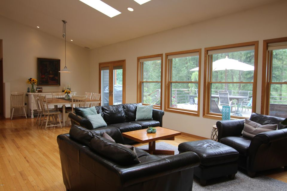 Additional photo for property listing at 10485 Grant Creek Road  Missoula, Montana 59808 United States
