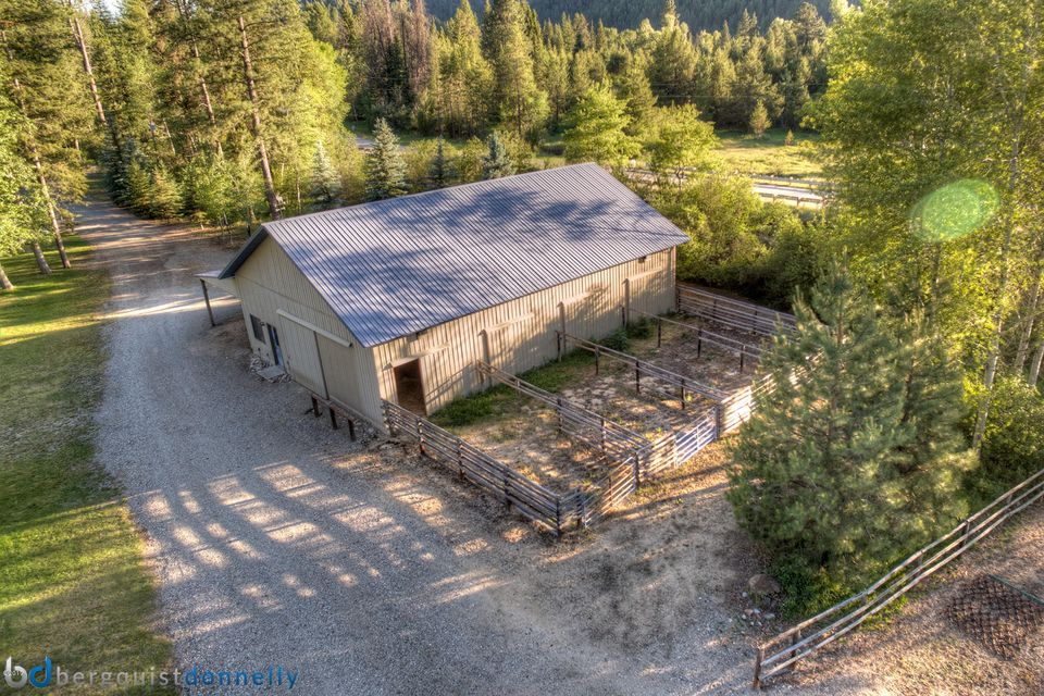 Additional photo for property listing at 6904 West Fork Road  Darby, Montana 59829 United States