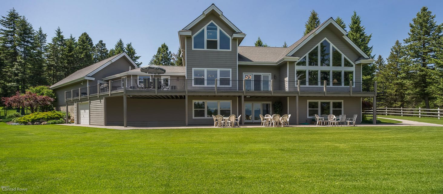 Single Family Home for Sale at 470 Lake Hills Lane Kalispell, Montana 59901 United States