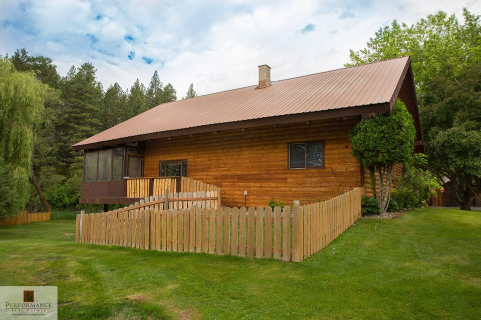 Additional photo for property listing at 880 Hodgson Road 880 Hodgson Road Columbia Falls, Montana 59912 United States
