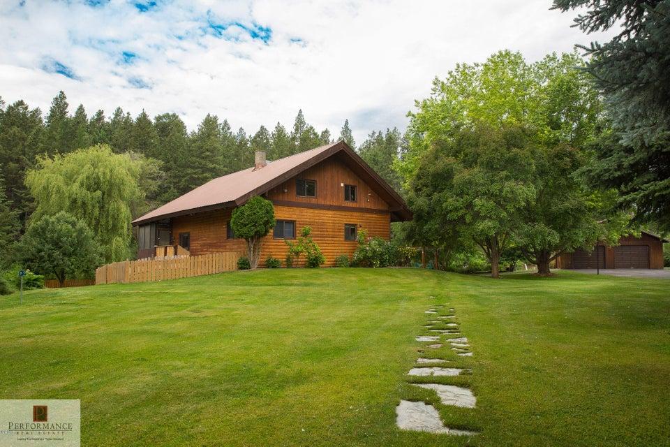 Single Family Home for Sale at 880 Hodgson Road Columbia Falls, Montana 59912 United States