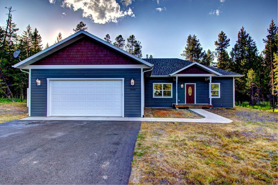 1042 Homesteaders Way, Marion, MT 59925