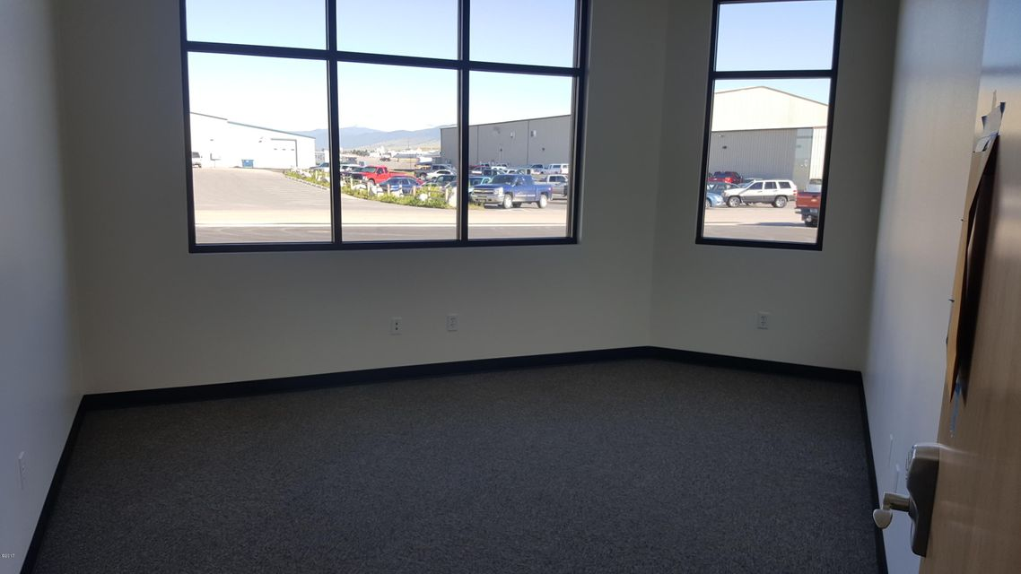 Additional photo for property listing at 4198 Corporate Way Hangar 5 4198 Corporate Way Hangar 5 Missoula, Montana 59808 United States