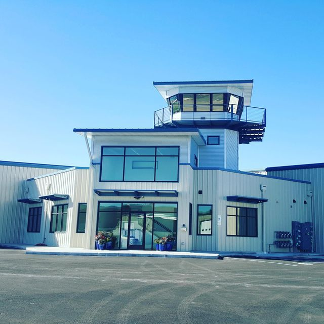 Commercial for Sale at 4198 Corporate Way Hangar 5 4198 Corporate Way Hangar 5 Missoula, Montana 59808 United States