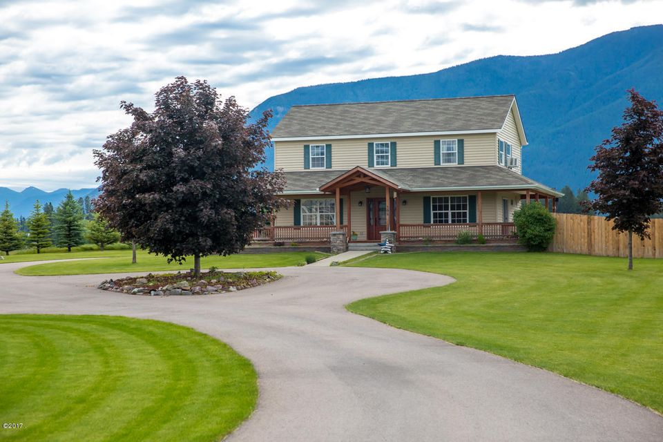 Single Family Home for Sale at 105 Stage Bend Lane Columbia Falls, Montana 59912 United States