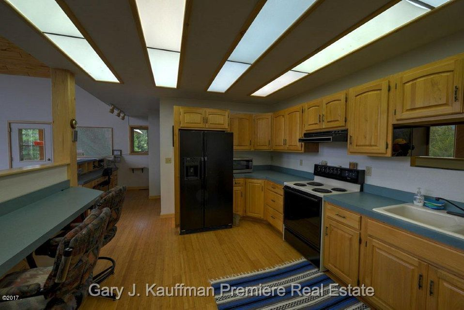 Additional photo for property listing at 12205 Us-2 12205 Us-2 West Glacier, Montana 59936 United States