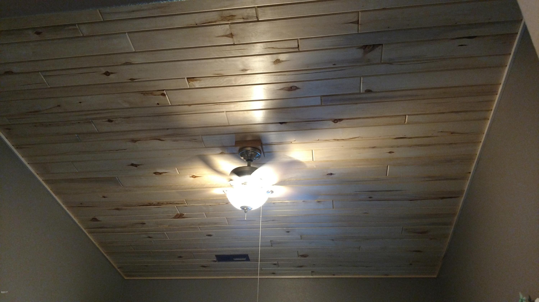 Additional photo for property listing at 2 Rainbow Court  Noxon, Montana 59853 United States