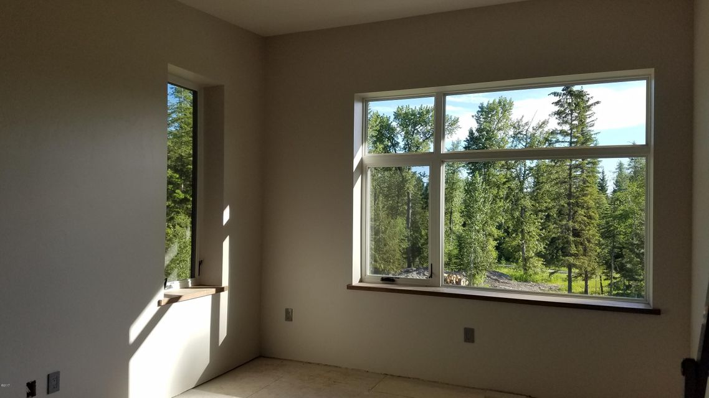 Additional photo for property listing at 480 Kaeding Creek Road  Whitefish, Montana 59937 United States