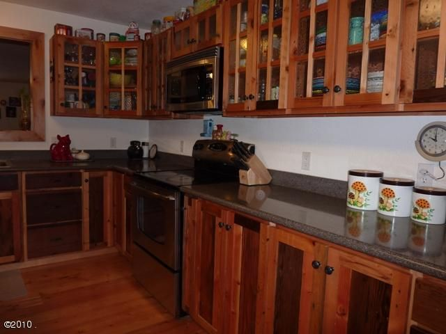 Additional photo for property listing at 2088 Foothill Road 2088 Foothill Road Kalispell, Montana 59901 United States