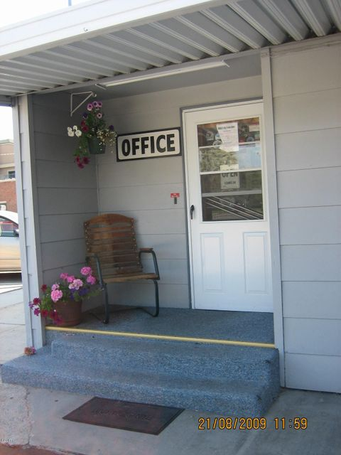 Additional photo for property listing at 415 West Main Street  Hamilton, Montana 59840 United States