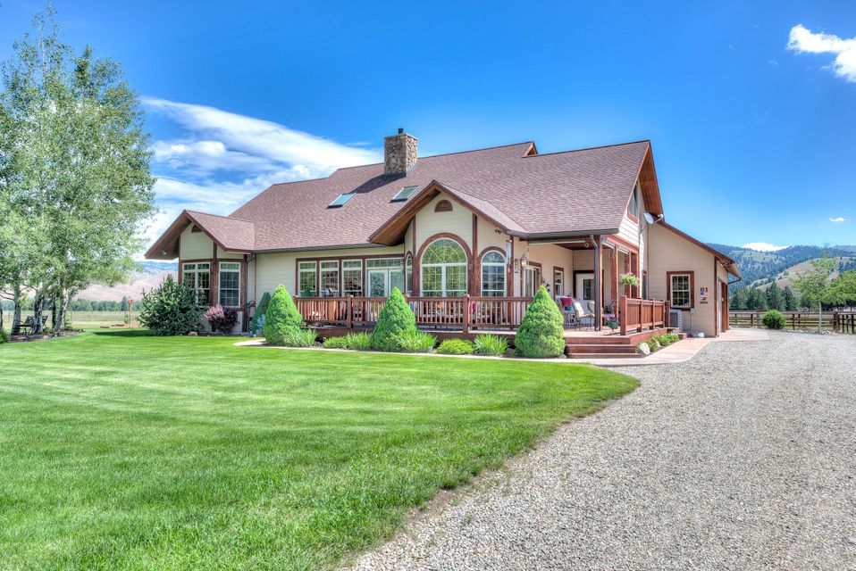Single Family Home for Sale at 61 Silva Way Darby, Montana 59829 United States