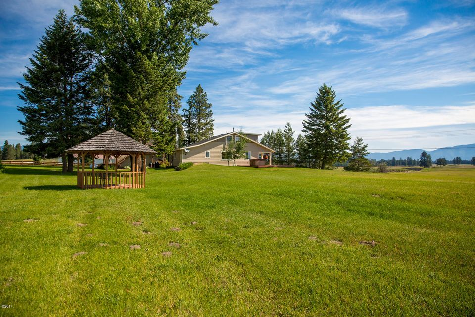 Additional photo for property listing at 4018 Whitefish Stage  Kalispell, Montana 59901 United States