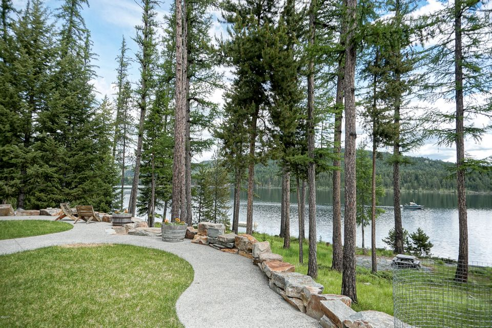 Additional photo for property listing at 970 Mcgregor Lane  Marion, Montana 59925 United States