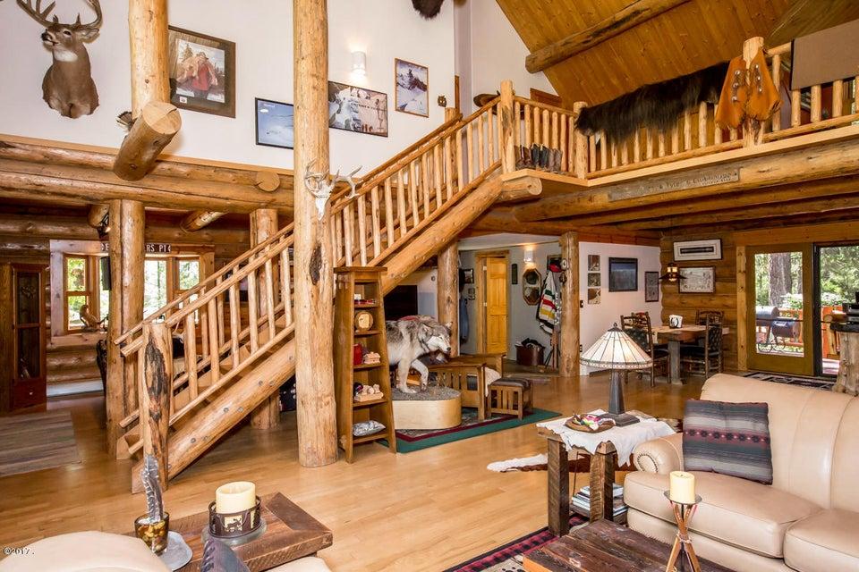 Additional photo for property listing at 230 Shawnee Drive 230 Shawnee Drive Bigfork, Montana 59911 United States