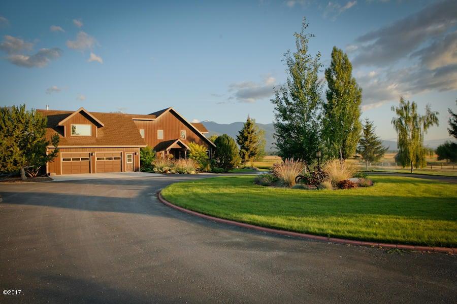 Single Family Home for Sale at 101 Sann Lane 101 Sann Lane Stevensville, Montana 59870 United States