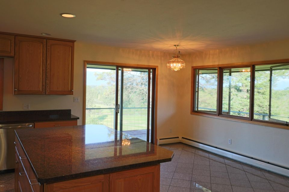 Additional photo for property listing at 151 Somerset Drive 151 Somerset Drive Kalispell, Montana 59901 United States