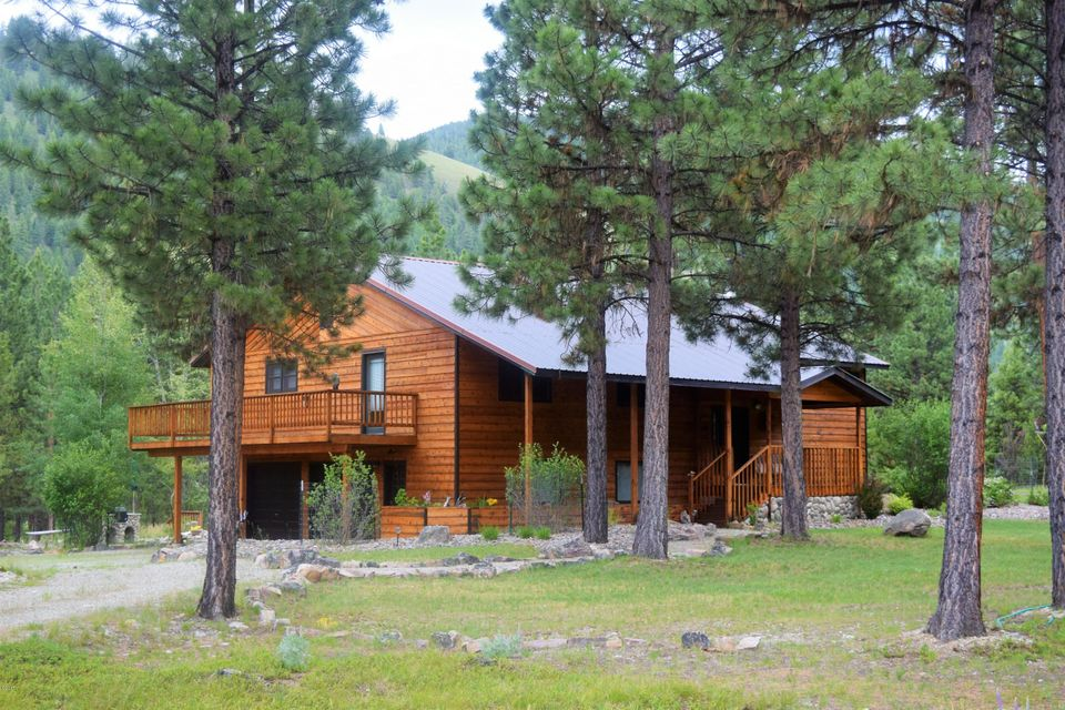 Single Family Home for Sale at 9314 Deer Walk Way Darby, Montana 59829 United States