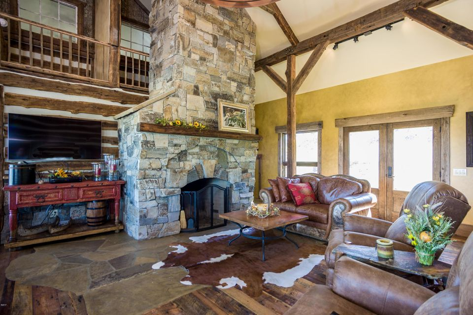 Additional photo for property listing at 1395 Bigfork Stage Road 1395 Bigfork Stage Road Bigfork, Montana 59911 United States