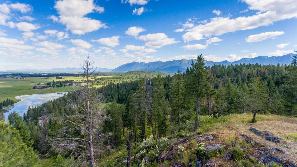 Additional photo for property listing at 1395 Bigfork Stage Road  Bigfork, Montana 59911 United States