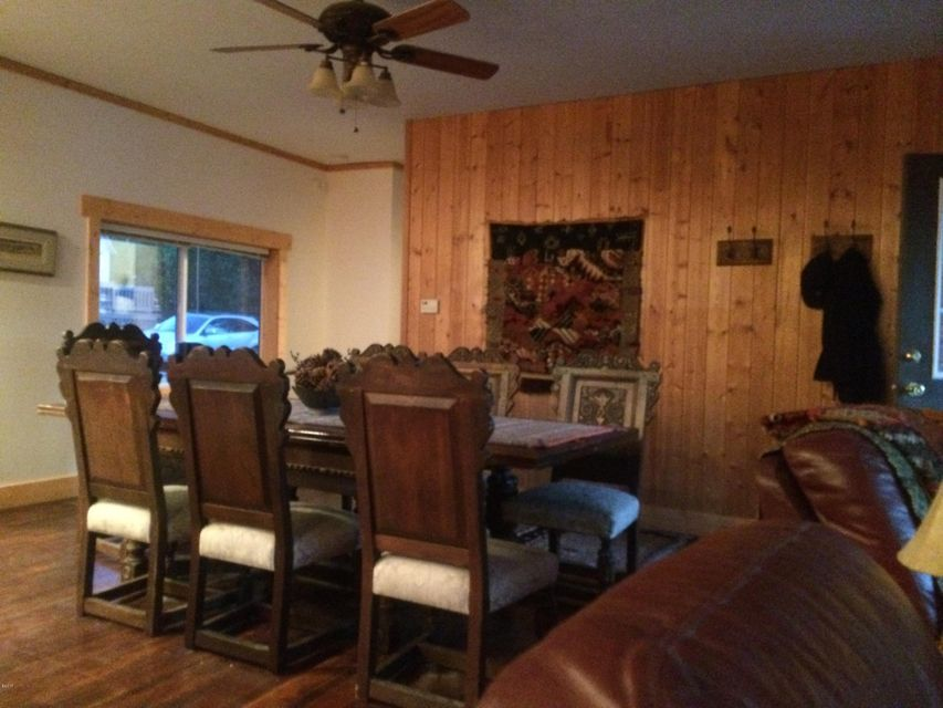 Additional photo for property listing at 125 Peaceful Lane  Lakeside, Montana 59922 United States