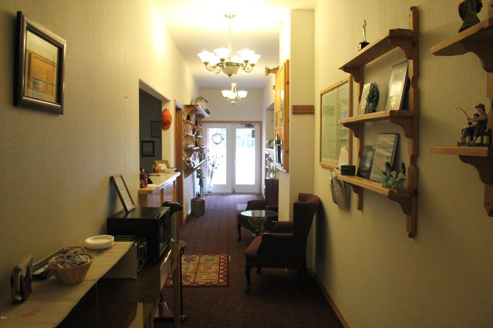 Additional photo for property listing at 714 West 9th Street  Libby, Montana 59923 United States
