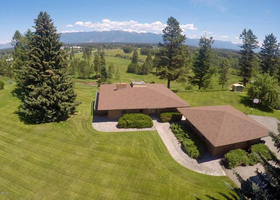 Single Family Home for Sale at 151 Somerset Drive 151 Somerset Drive Kalispell, Montana 59901 United States