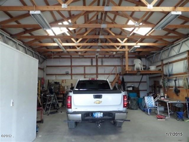 016_Garage