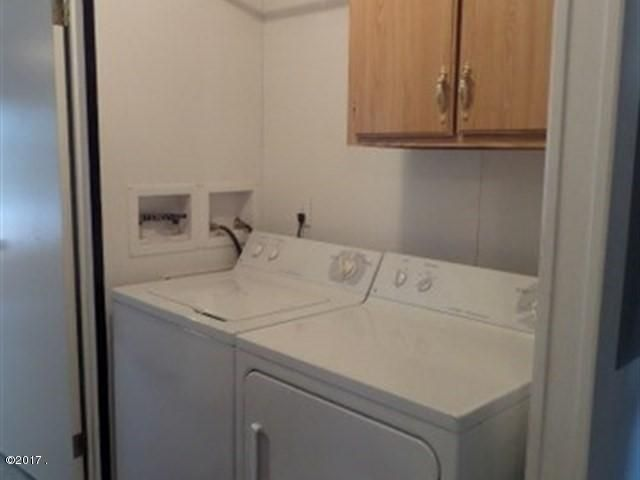 020_Laundry Area