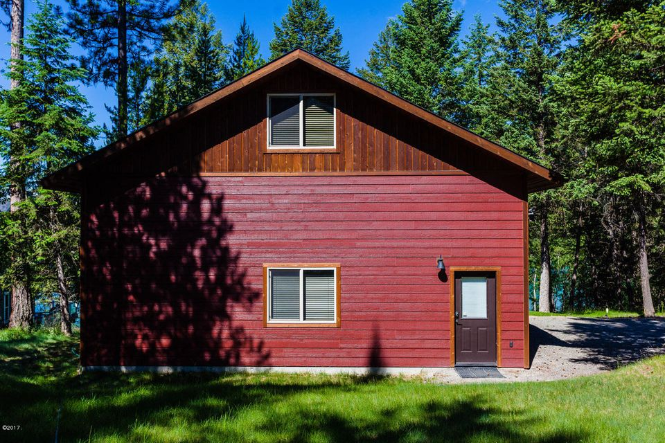 Single Family Home for Sale at 5272 Sinclair Creek Road Eureka, Montana 59917 United States