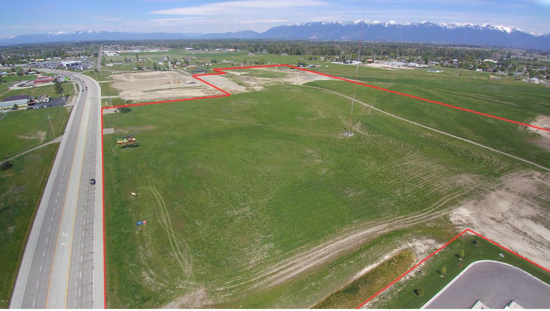 Commercial for Sale at 3191 Us-93 3191 Us-93 Kalispell, Montana 59901 United States