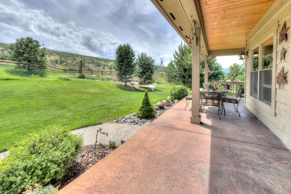 Additional photo for property listing at 6198 Lower Woodchuck Road 6198 Lower Woodchuck Road Florence, Montana 59833 United States