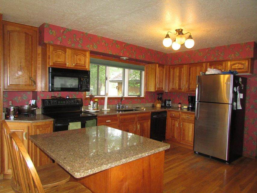 Additional photo for property listing at 215 Westridge Drive  Somers, Montana 59932 United States