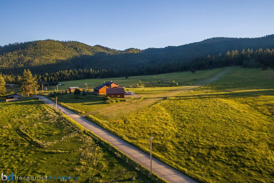 Additional photo for property listing at 203 Hart Bench Road  Darby, Montana 59829 United States