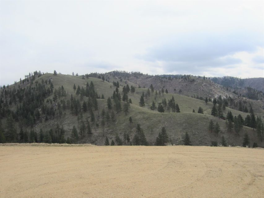 Additional photo for property listing at Nhn Critter X-Ing Trail Nhn Critter X-Ing Trail Conner, Montana 59827 United States