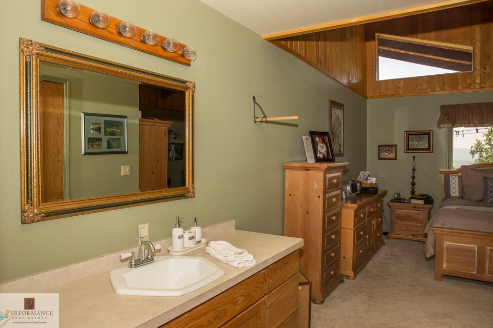 Additional photo for property listing at 845 Snowberry Trail  Kalispell, Montana 59901 United States