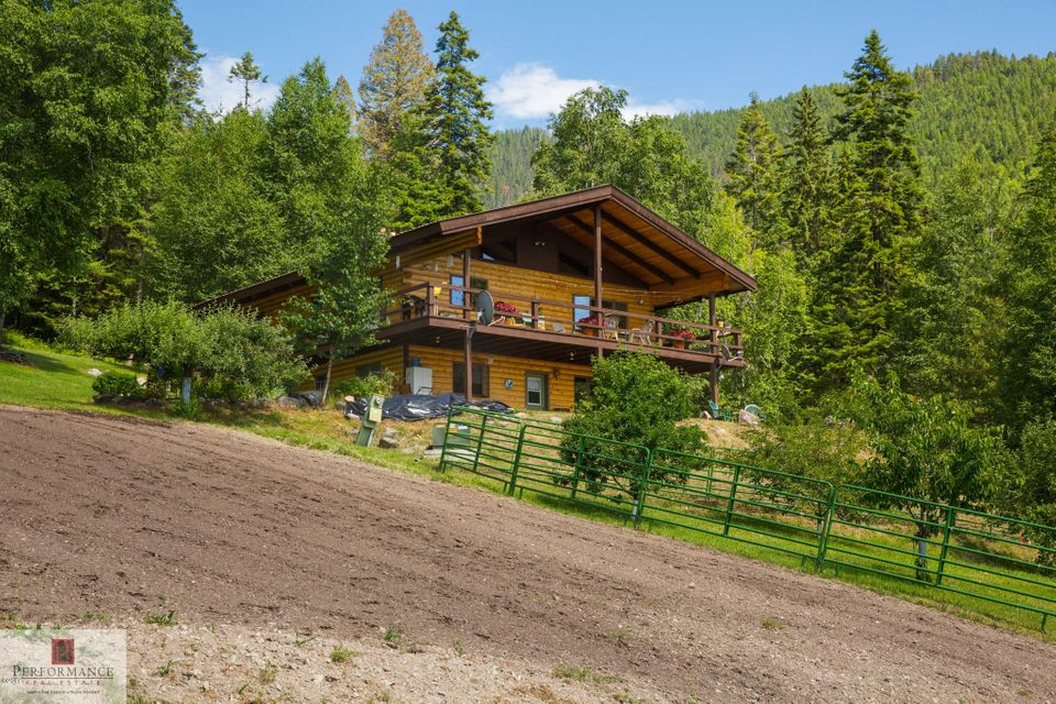 Single Family Home for Sale at 845 Snowberry Trail Kalispell, Montana 59901 United States