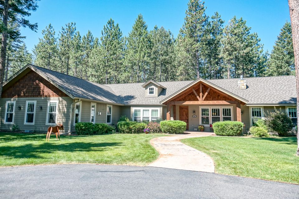 Single Family Home for Sale at 267 Lynnewood Drive Columbia Falls, Montana 59912 United States