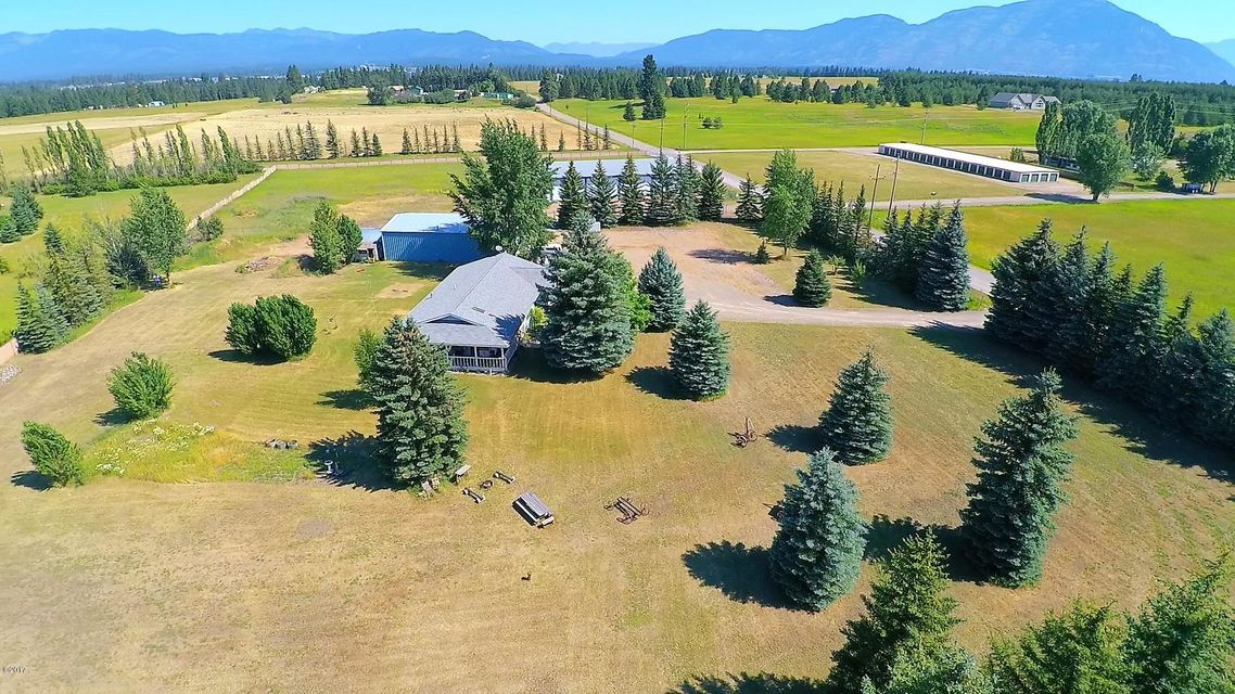 Single Family Home for Sale at 150 Hellman Lane Columbia Falls, Montana 59912 United States