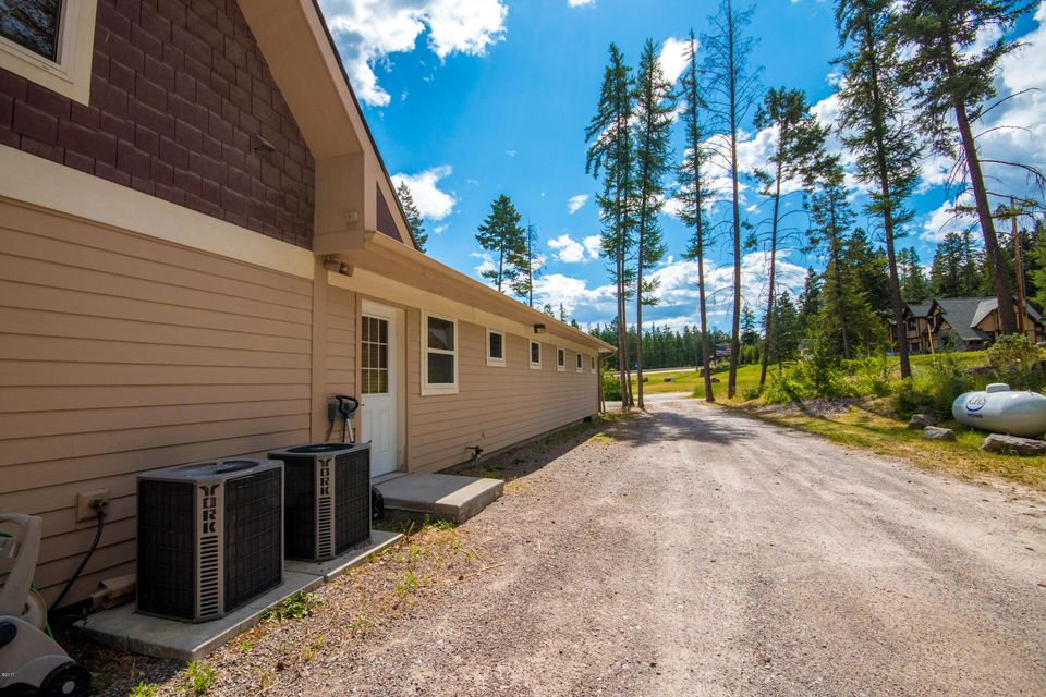 Additional photo for property listing at 77 Deer Creek Road 77 Deer Creek Road Somers, Montana 59932 United States