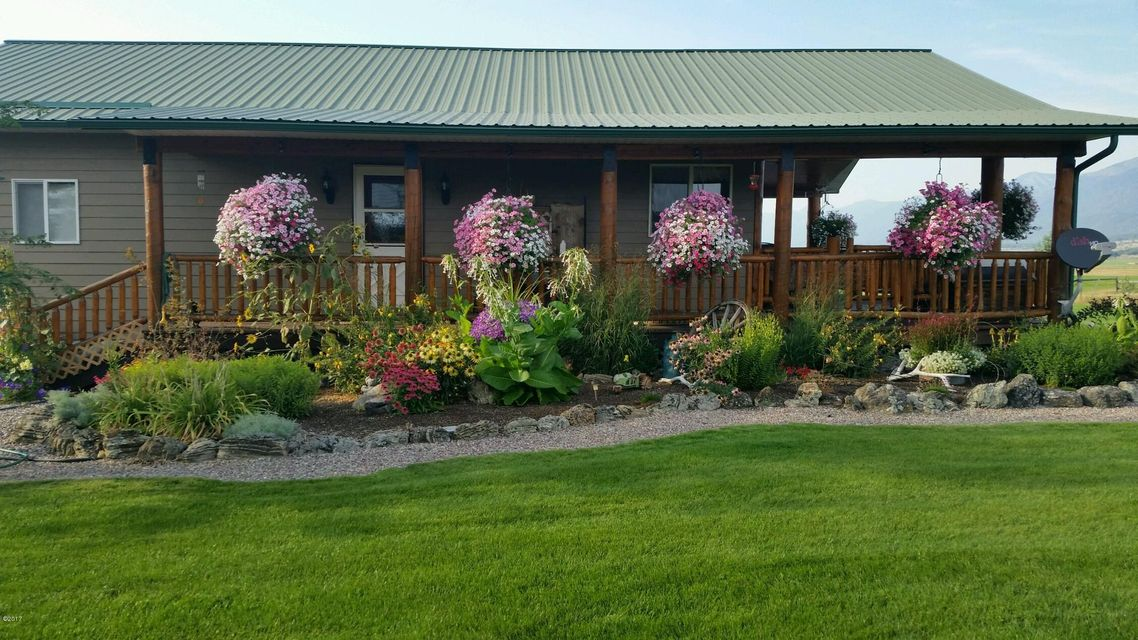 Single Family Home for Sale at 33670 Red Horn Road St. Ignatius, Montana 59865 United States