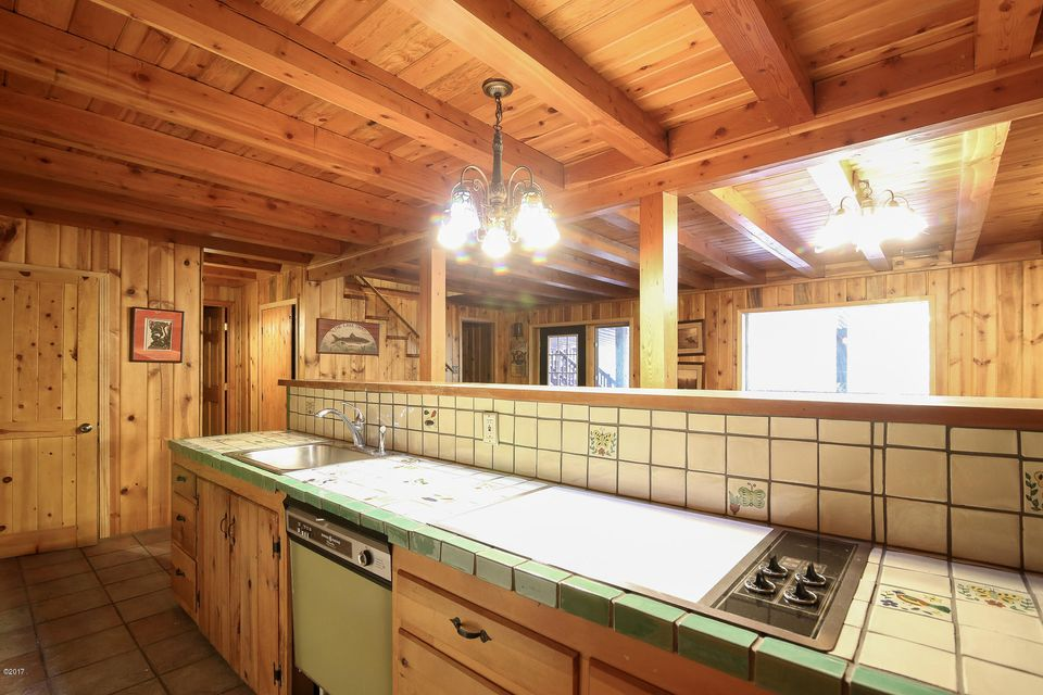 Additional photo for property listing at 4449 Johnsrud Park Road 4449 Johnsrud Park Road Bonner, Montana 59823 United States
