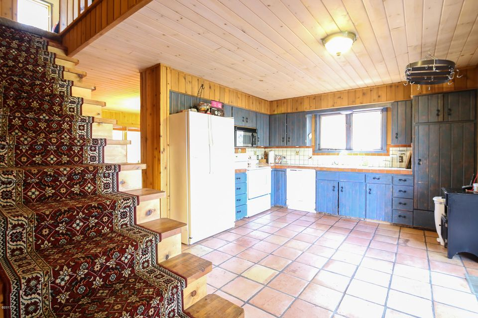 Additional photo for property listing at 4449 Johnsrud Park Road  Bonner, Montana 59823 United States
