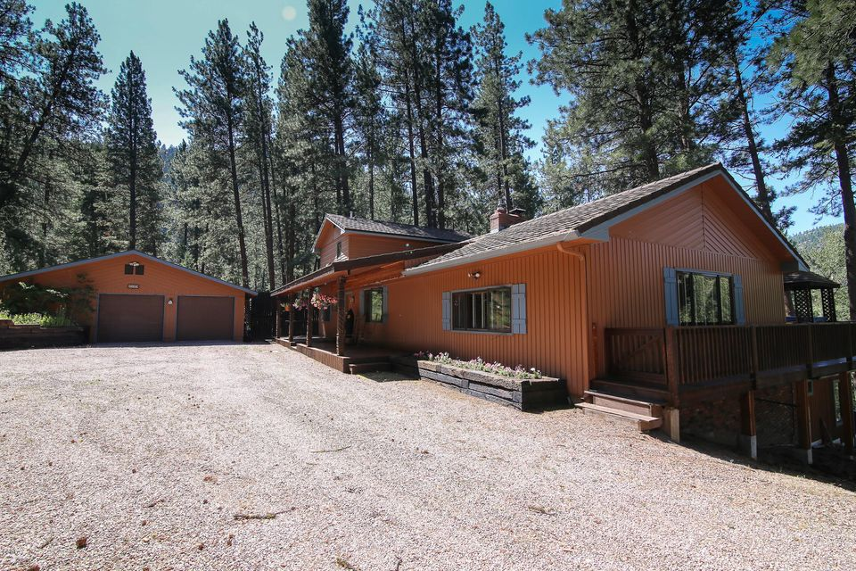 Single Family Home for Sale at 4449 Johnsrud Park Road 4449 Johnsrud Park Road Bonner, Montana 59823 United States