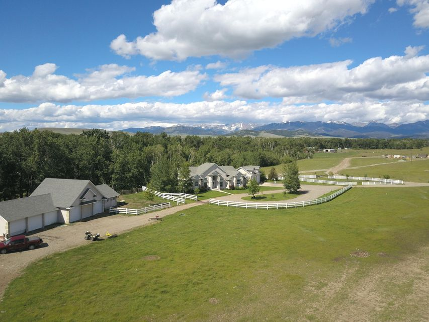 Additional photo for property listing at 351  Rock Creek Road 351  Rock Creek Road Clyde Park, Montana,59018 Estados Unidos