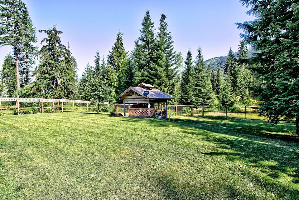 Additional photo for property listing at 959 Mt-200 959 Mt-200 Noxon, Montana 59853 United States