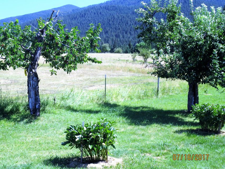 Additional photo for property listing at 4258 Indian Creek Road  Eureka, Montana 59917 United States