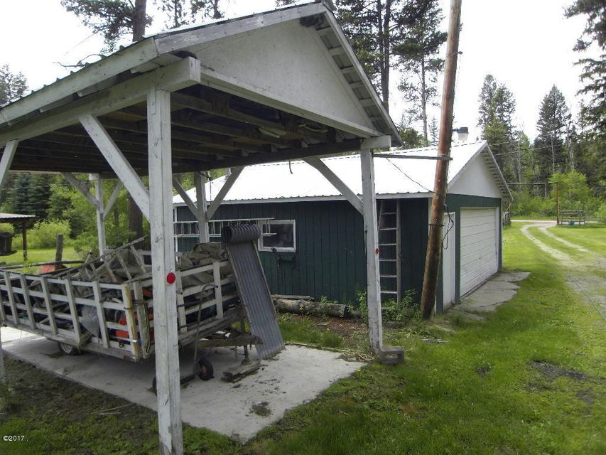 Additional photo for property listing at 8619 North Placid Lake Road  Seeley Lake, Montana 59868 United States